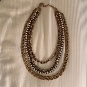 Jeweled 3 tier necklace!